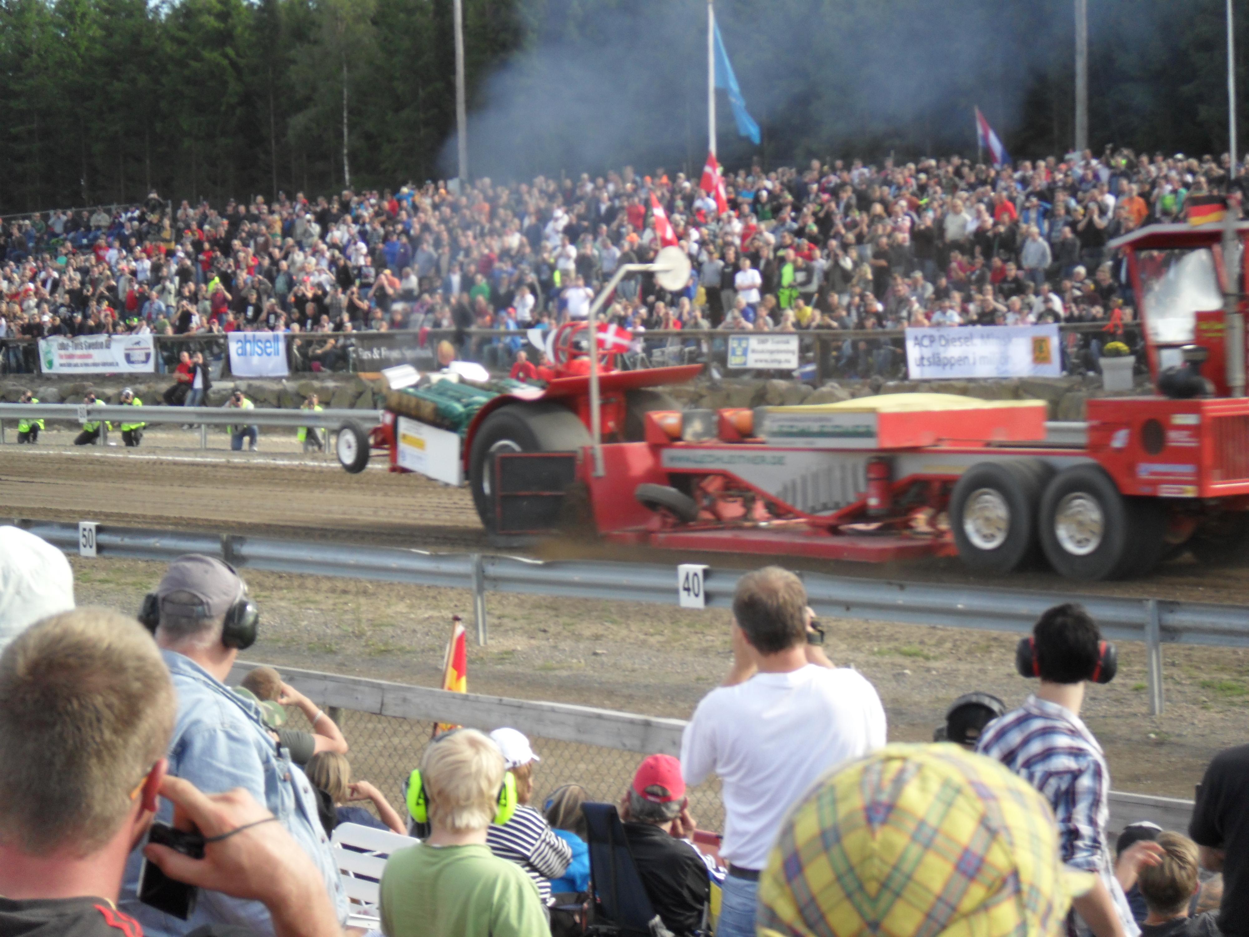 Red Thunder i Sverige